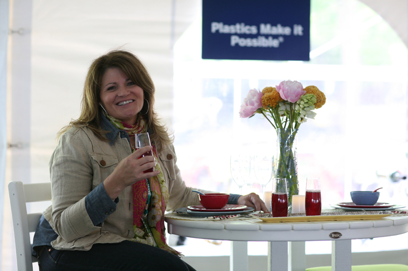 Blogger Martie Duncan relaxes at the formal outdoor entertaining ...