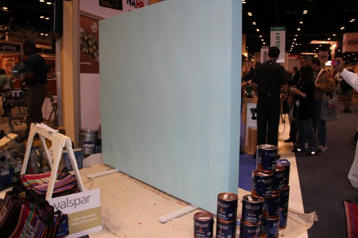 Valspar® Signature Colors acrylic latex paint was used in this live demonstration to showcase how one coat of paint provides secure adhesion and color accuracy.