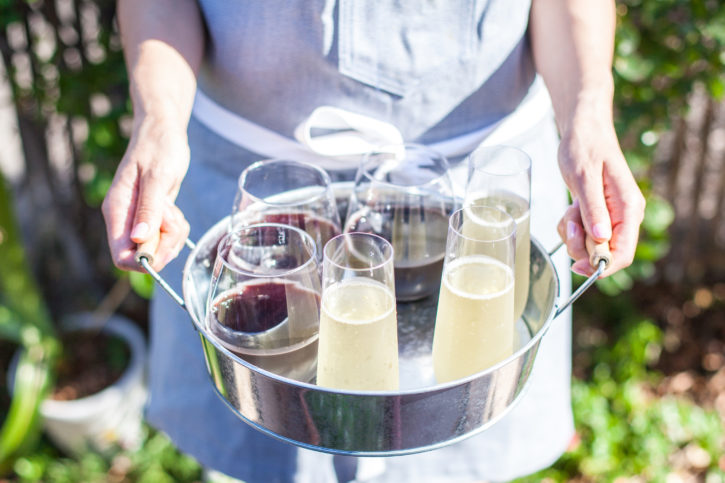 outdoor entertaining, drink tray, cocktails, plastic drinkware